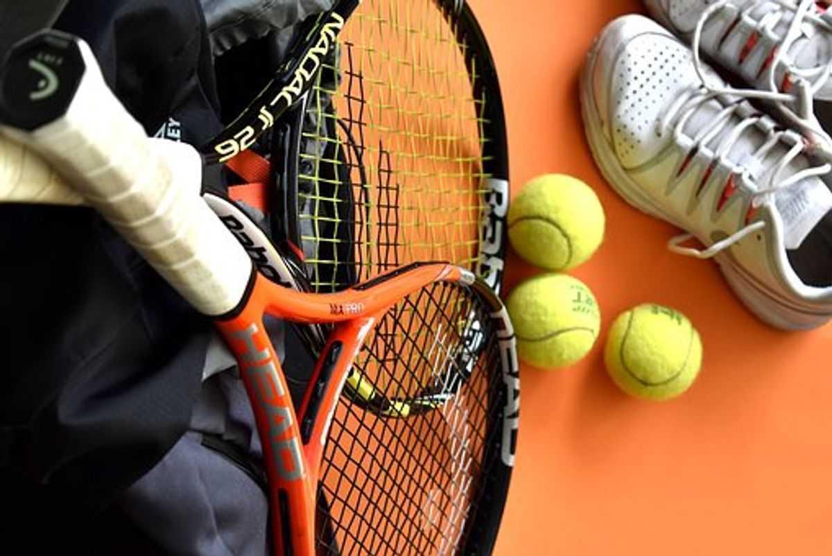 Best tennis rackets for senior players